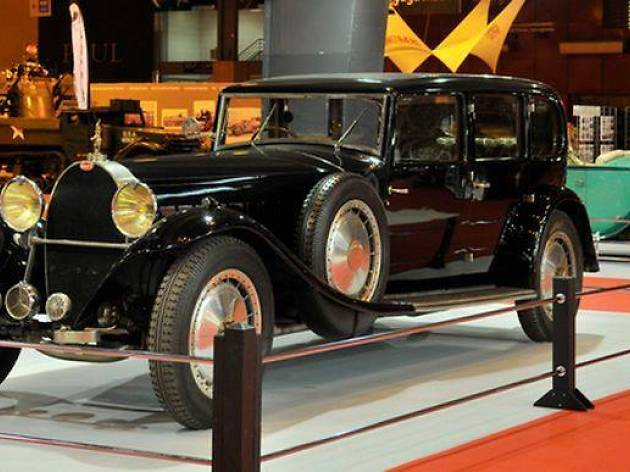 Salon Retromobile Paris classic cars show