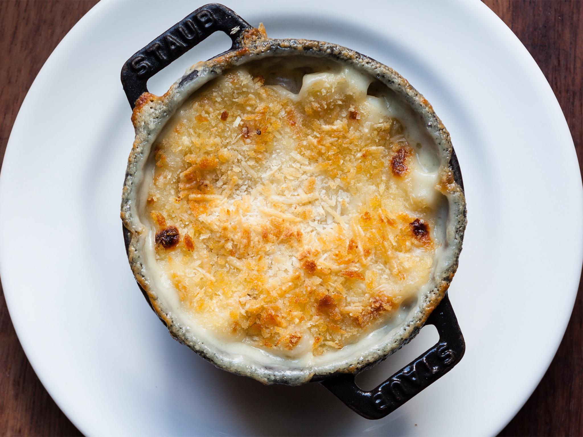 comfort food in london, mac n cheese at hawksmoor