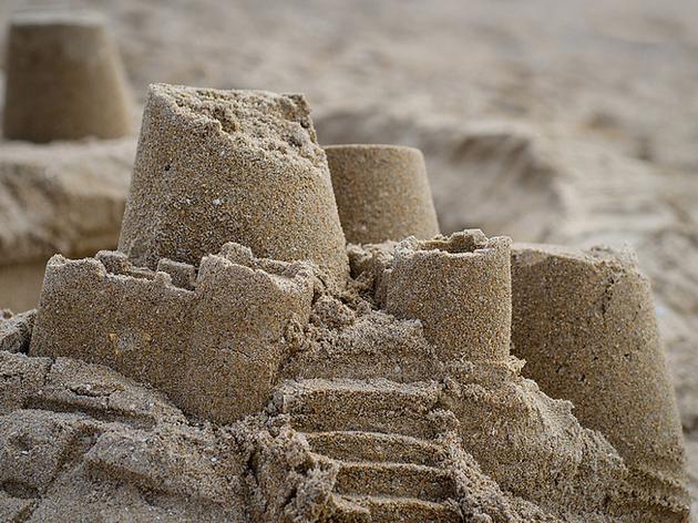 Un château de sable au Centre Pompidou