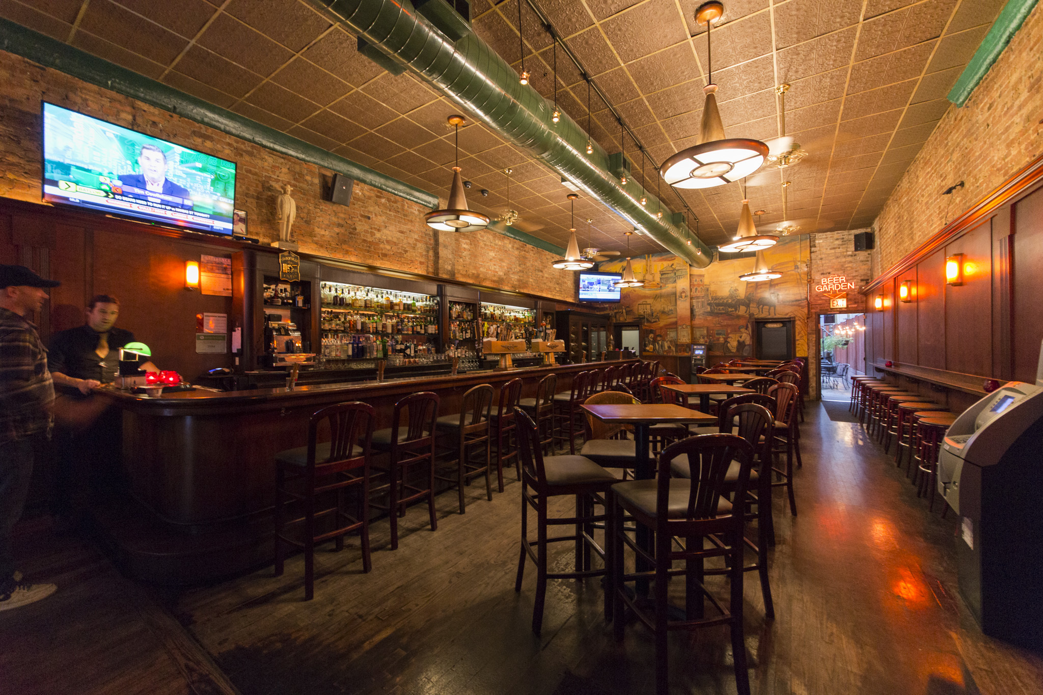 Clark Street Ale House | Bars in River North, Chicago