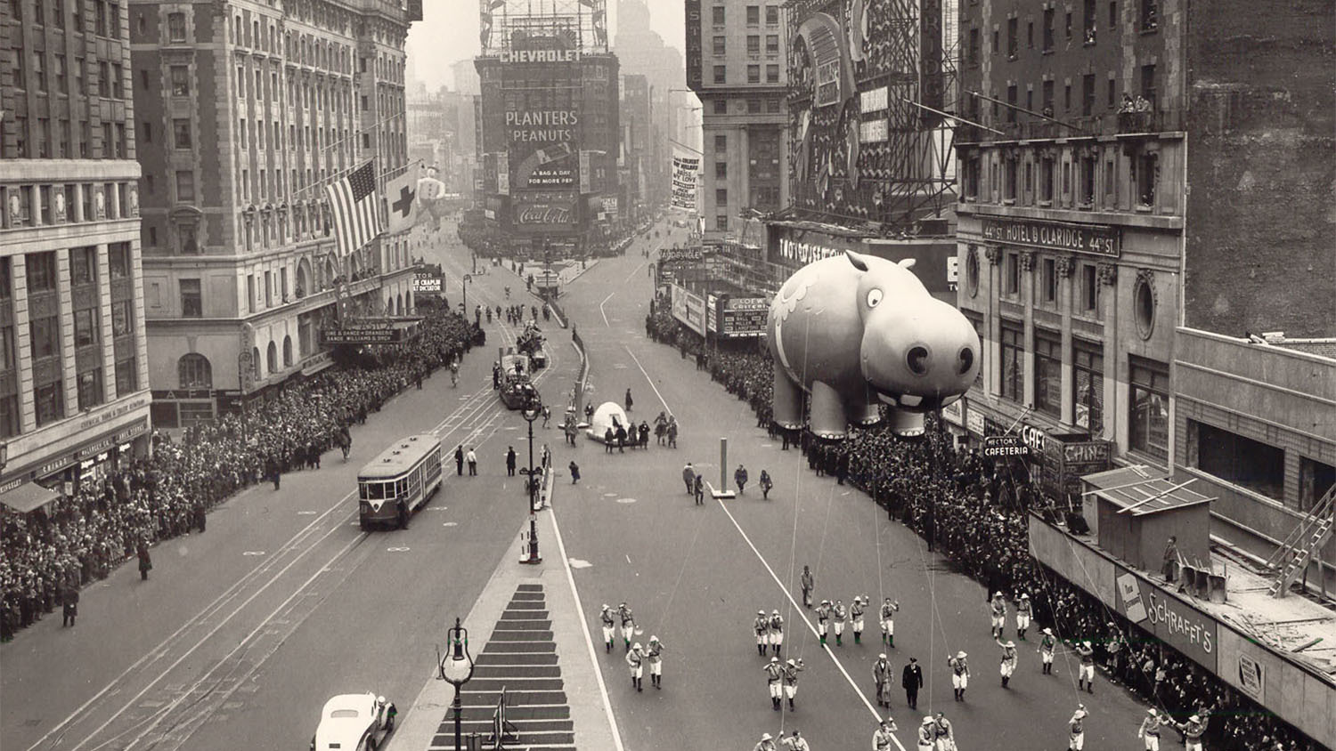 Check out vintage photos of the Macy's Thanksgiving Day Parade