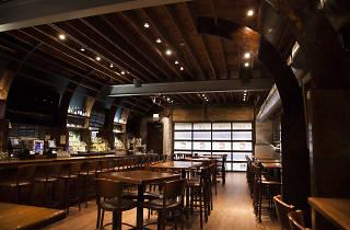 Flagship Tavern & Grill