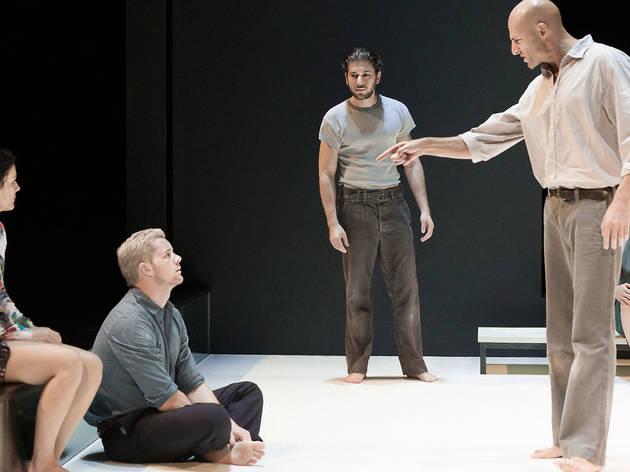 Ivo van Hove's 'View from the Bridge' leads off Goodman Theatre's 2017–18 season