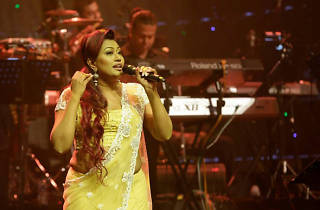 Nirosha Virajini – live in concert