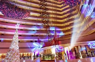 Marina Mandarin Singapore's NYE Countdown Party