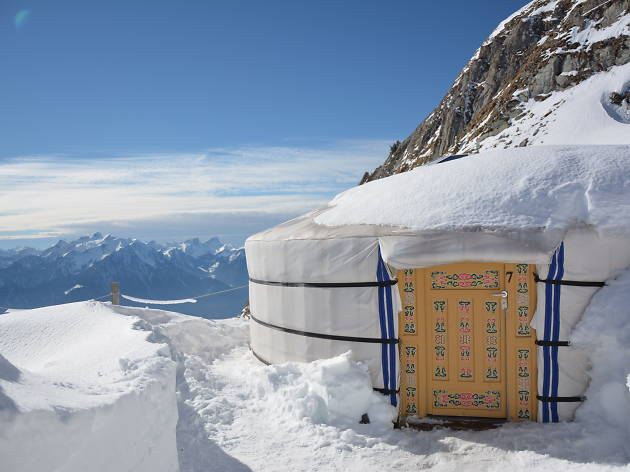 Love Yurt Rochers-de-Naye