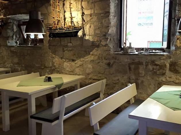 Skver tavern, Korcula, Croatia