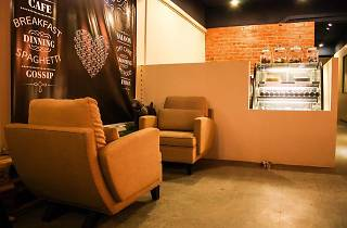 Clawset cafe