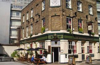 Vauxhall Griffin pub 2015