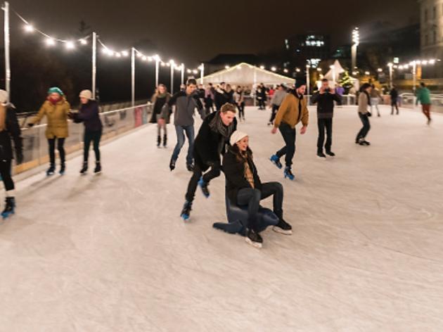 Polyterrasse ice rink