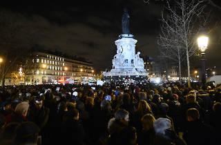 place de la république rassemblement 13 novembre