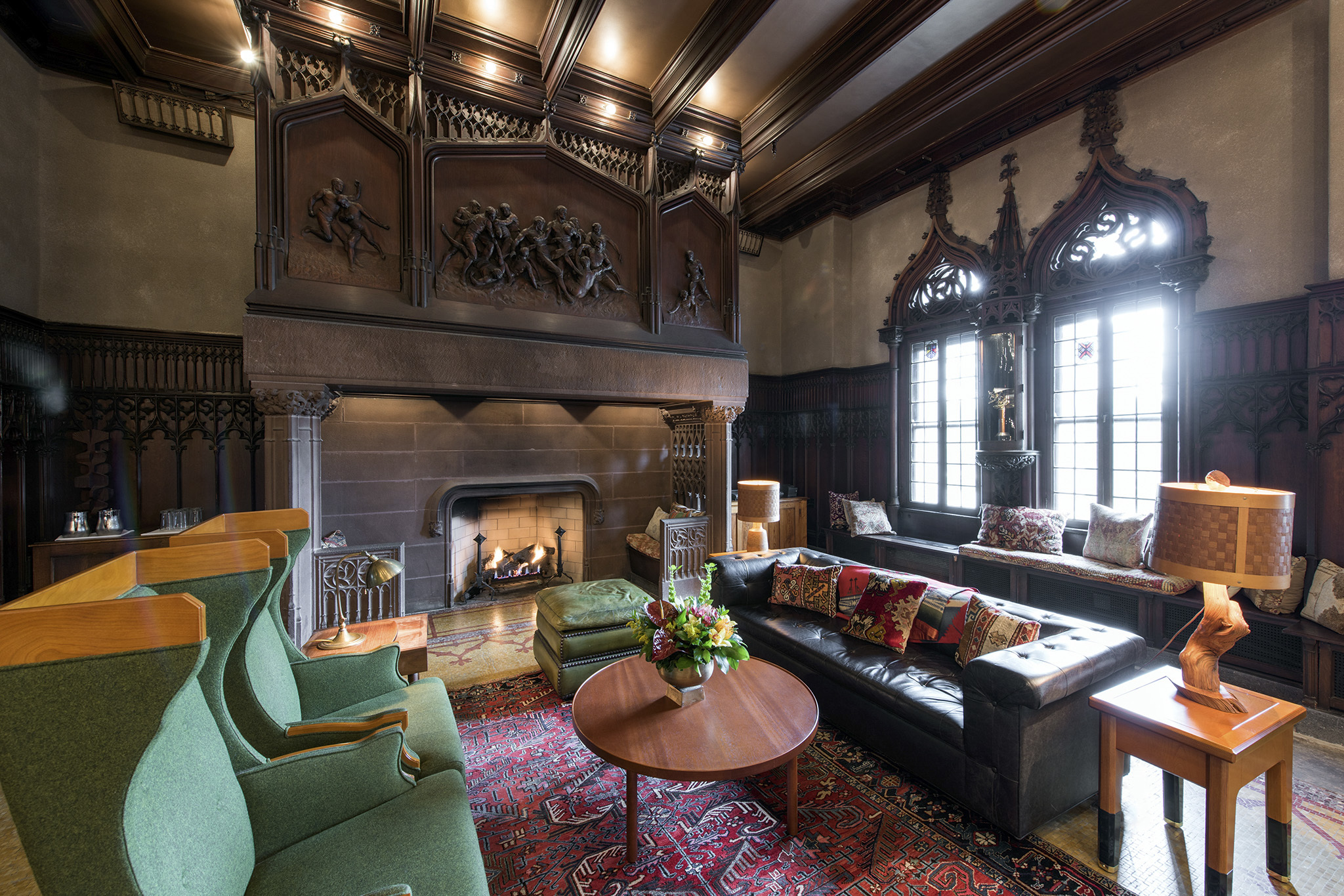 The Drawing Room at Chicago Athletic Association Hotel