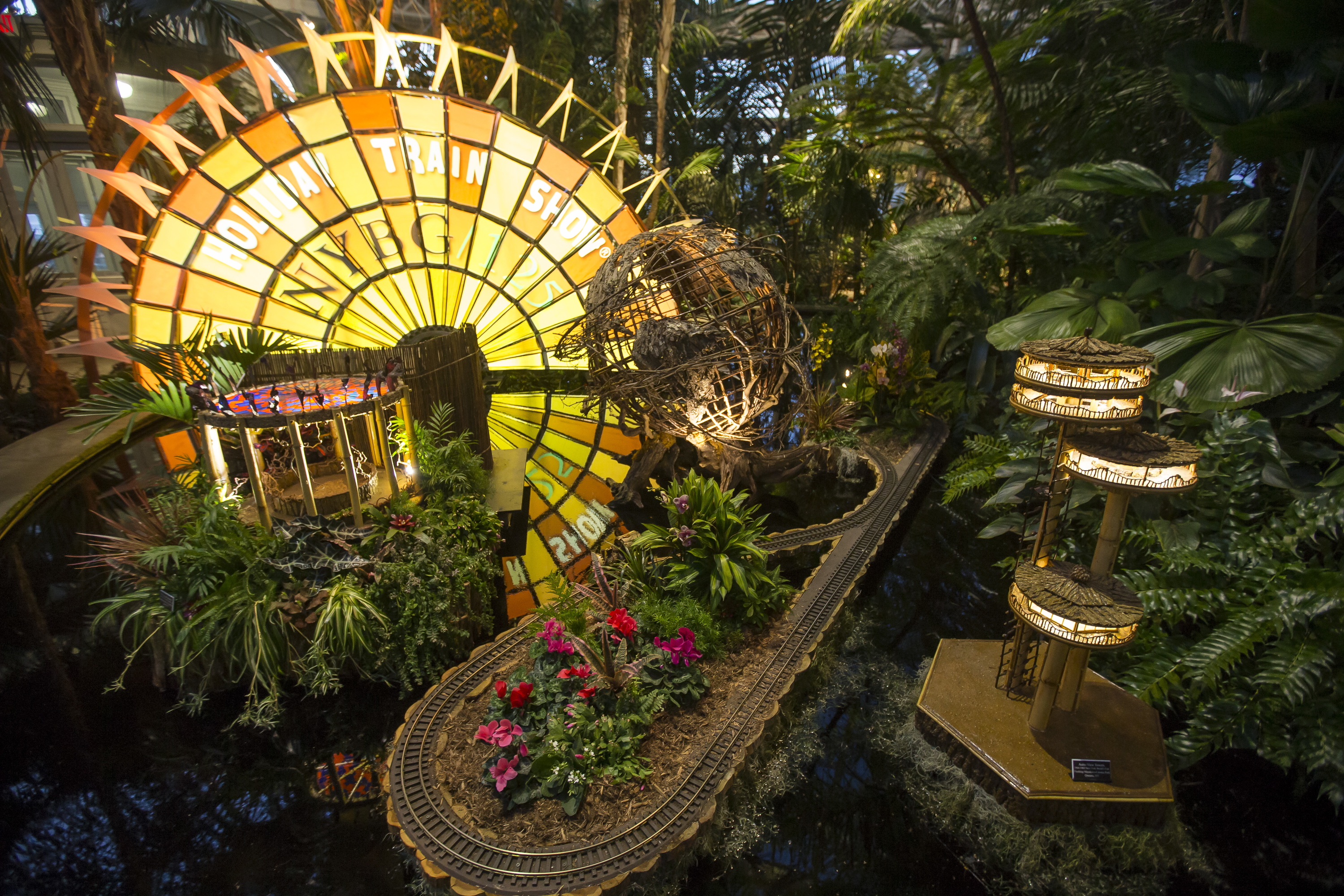 Photos of the New York Botanical Garden train show