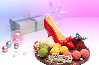 A Candy-clad Christmas at Carlton Hotel Singapore
