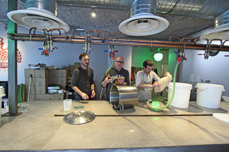 On a testé : faire notre propre bière Time Out Paris chez Brew Unique