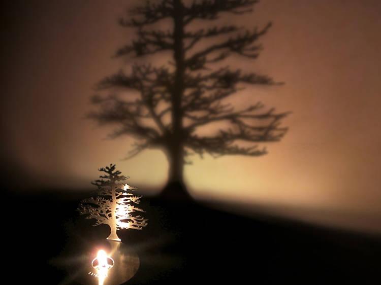 Adam Frank Lumen Oil Candle Shadow Projector