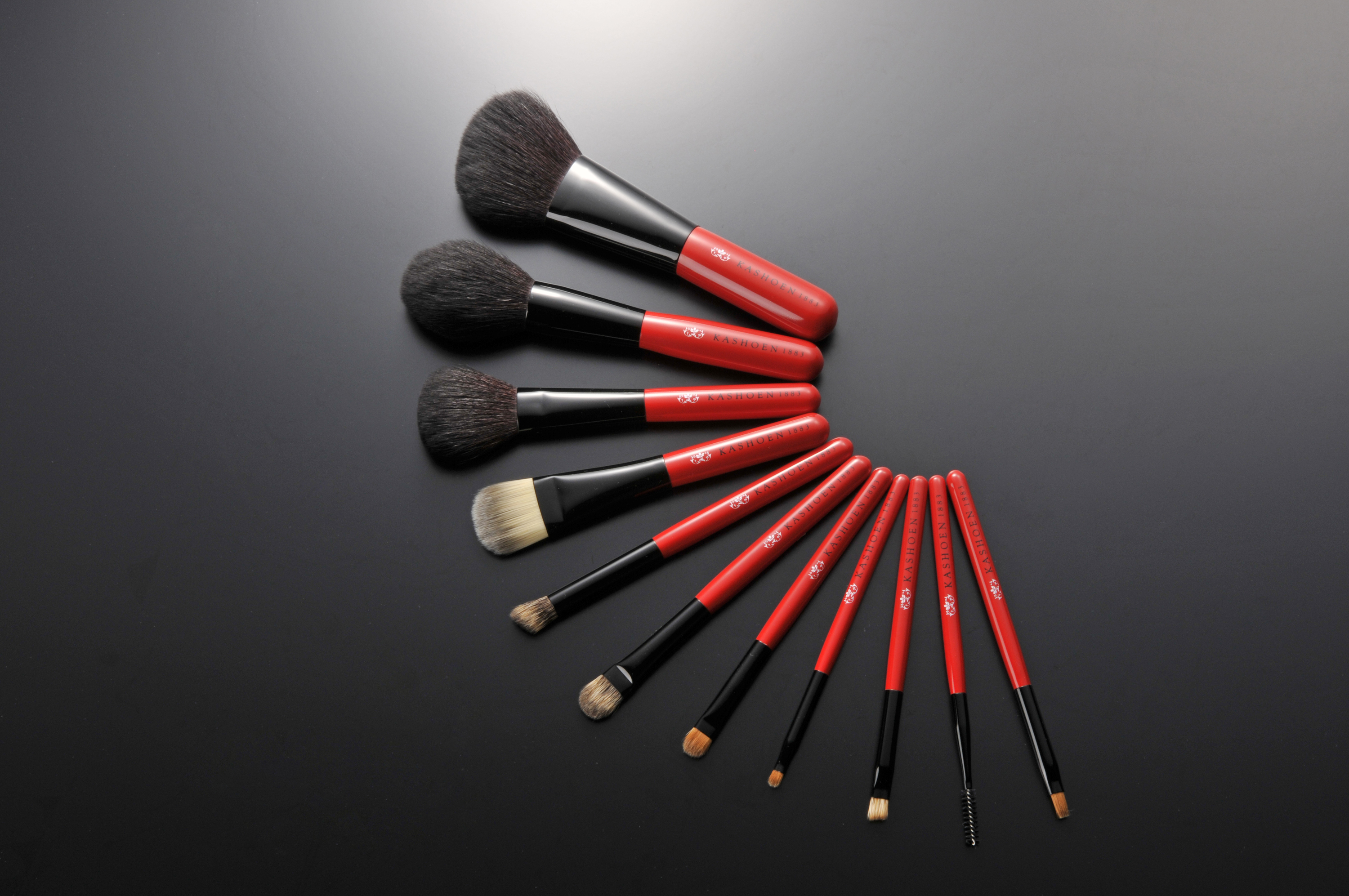 Use a celebrity make-up brush