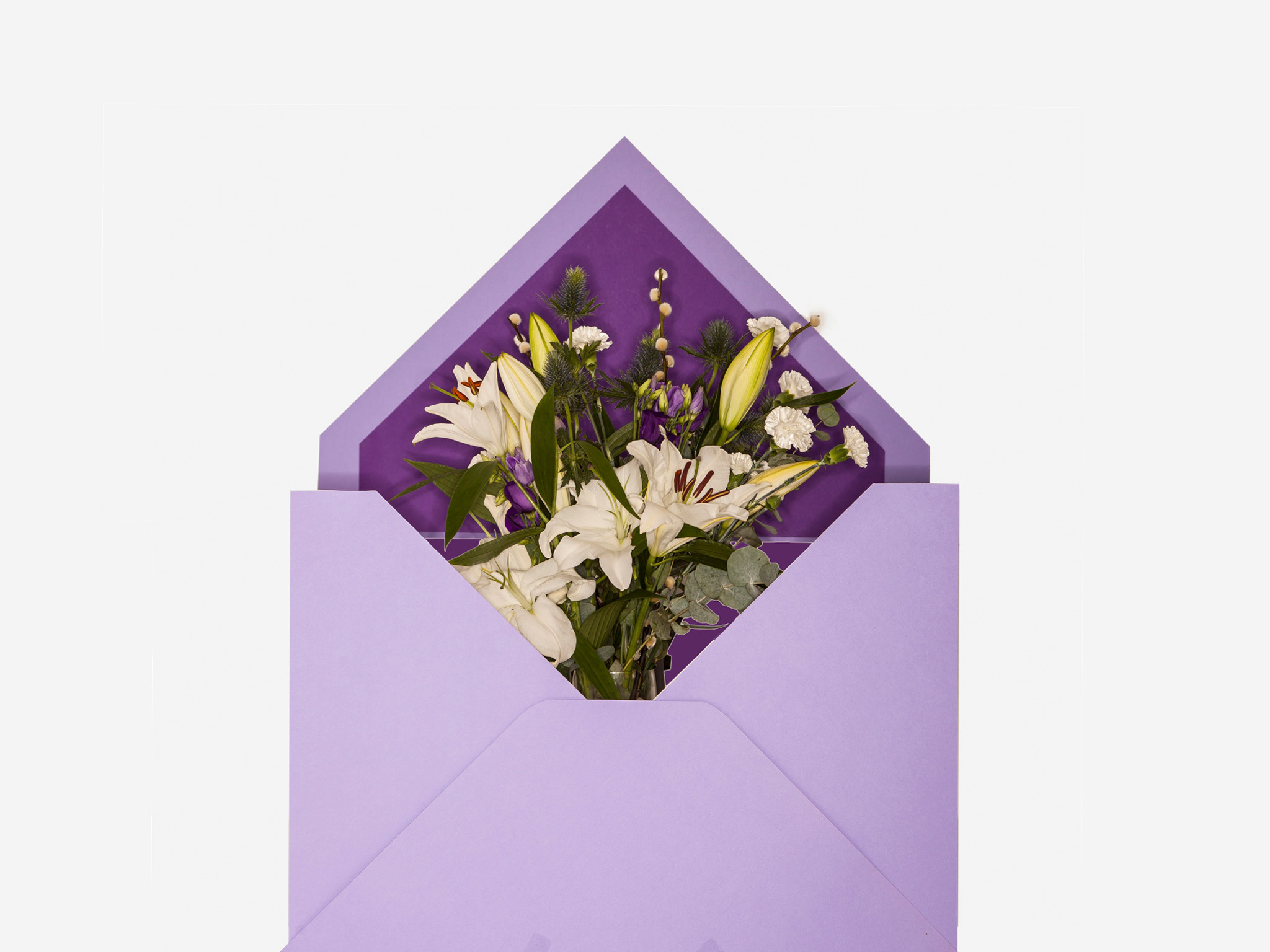 Christmas gift guide: postable presents  - Bloom and Wild's Clara bouquet
