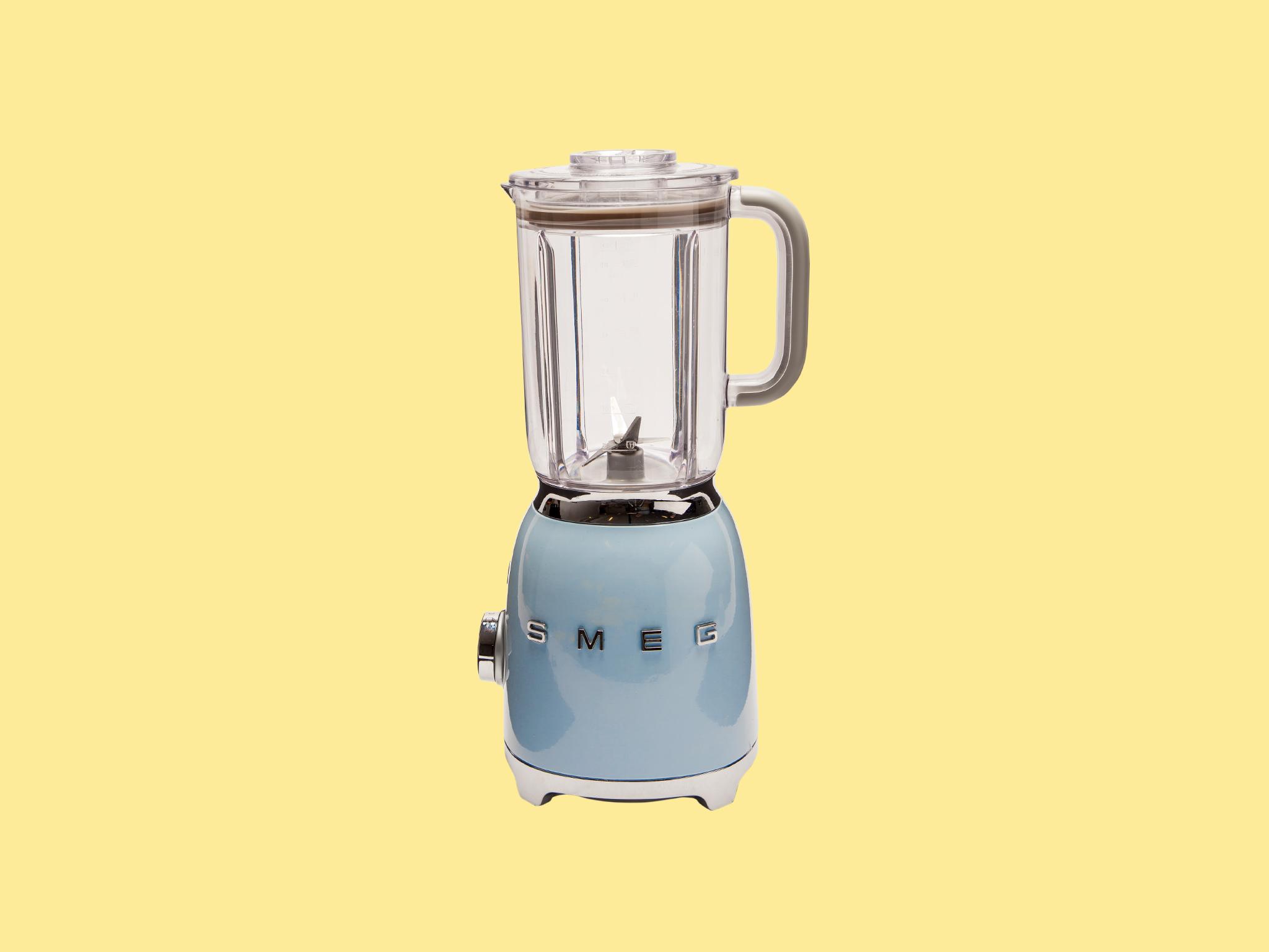 Smeg BLF01 food blender