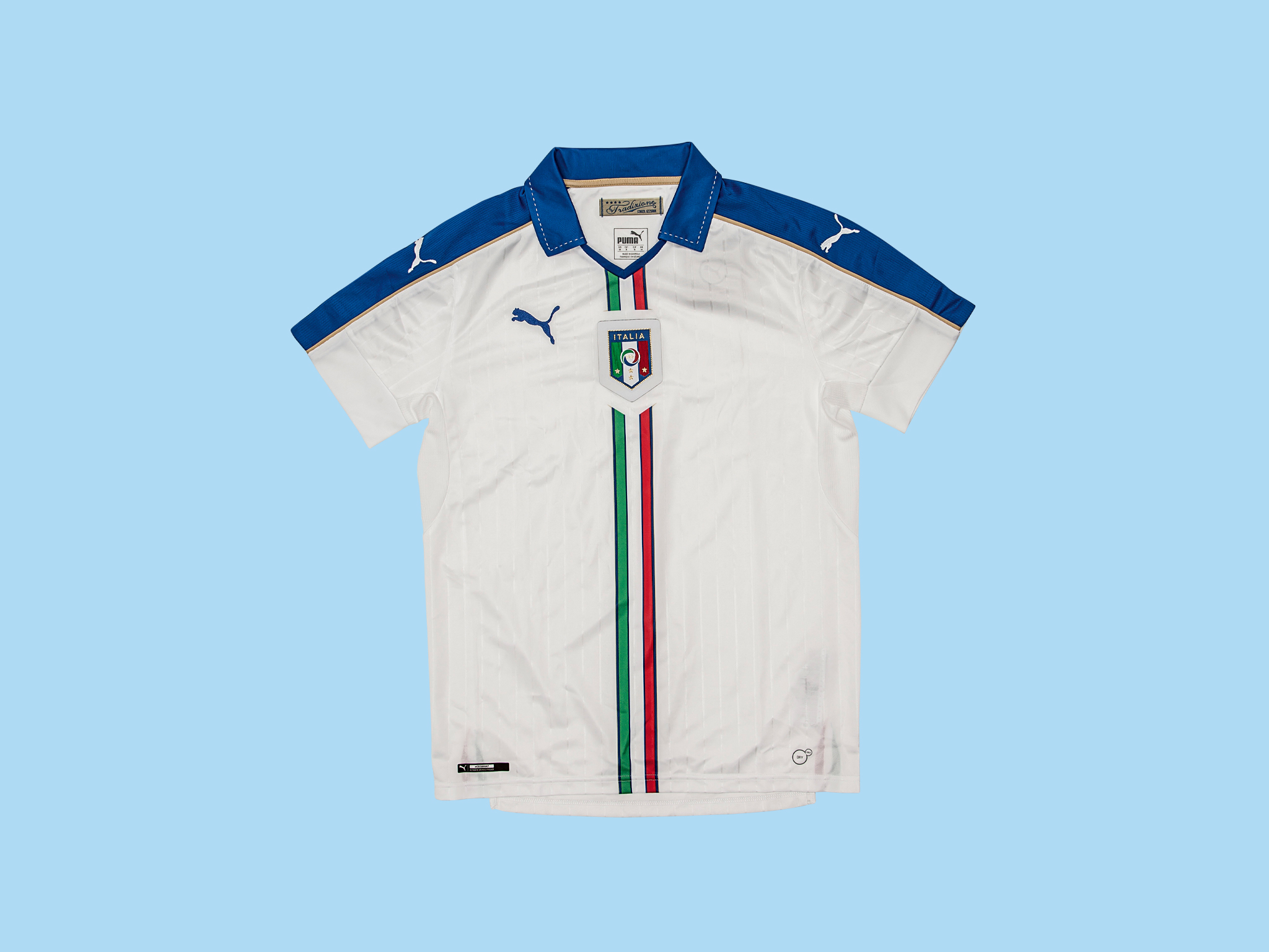 Christmas gift guide: sports - Italy 2015 / 2016 away shirt by Puma
