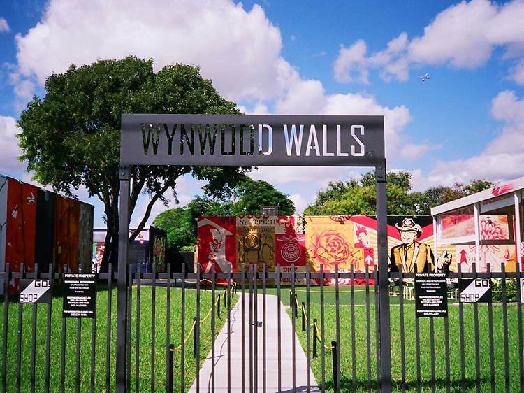 GlowGa at the Wynwood Walls
