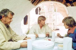 The Skywalker family sits down to a meal.