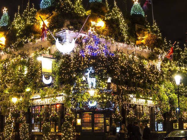 The Churchill Arms, Notting Hill, at Christmas