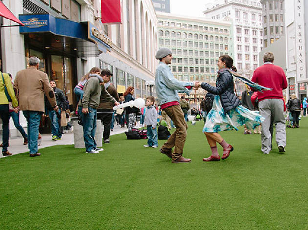 Winter Walk SF, one of thebest winter events in San Francisco