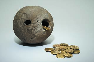 Hoards: the Hidden History of Ancient Britain