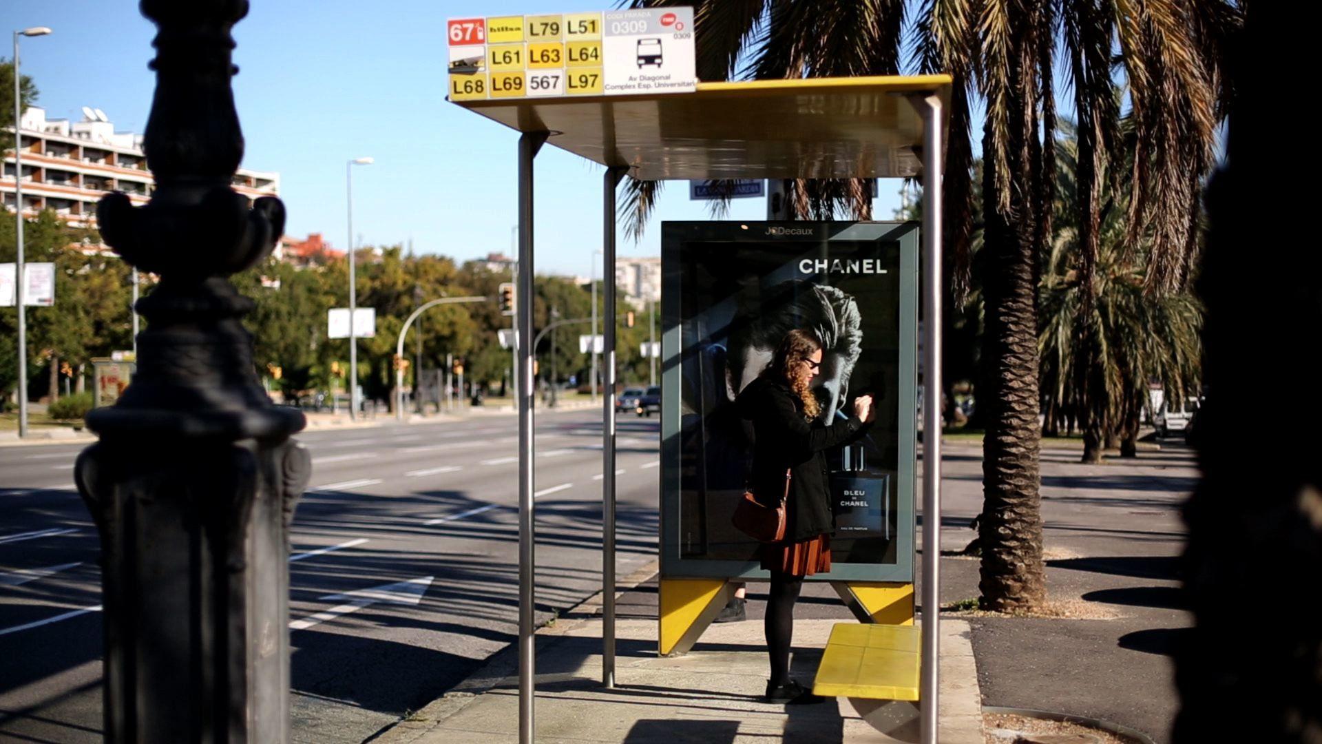 Organiza tus viajes en transporte público con la aplicación de la AMB