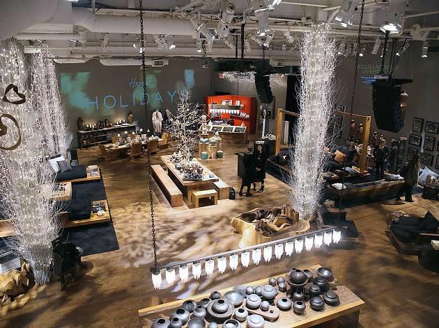 Donna Karan's Urban Zen Holiday Marketplace