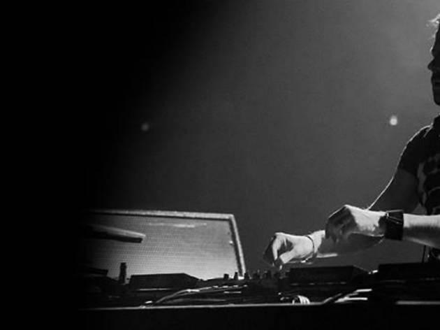 Photo of Lange DJing