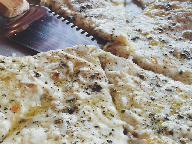 La cuatro quesos