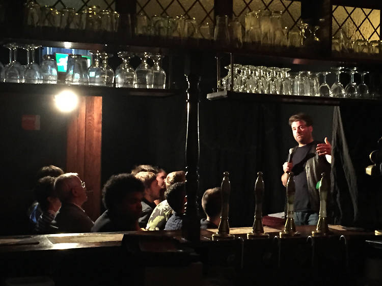Laugh the Queens Head Off Comedy Night