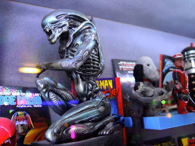 Fab cafe Alien
