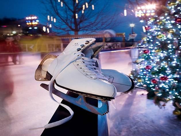 Christmas Ice Skating Rink Decoration.Ice Skating Rinks In Seoul