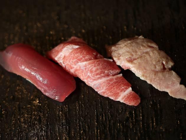 Various types of tuna sushi at Minamishima
