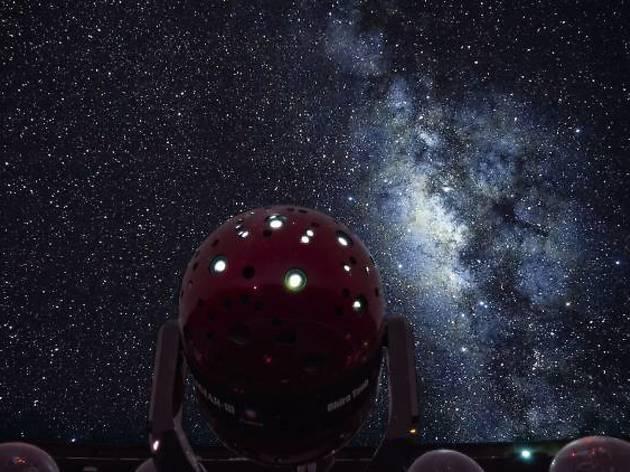 渋谷、立石、川崎で宇宙の神秘を探る。