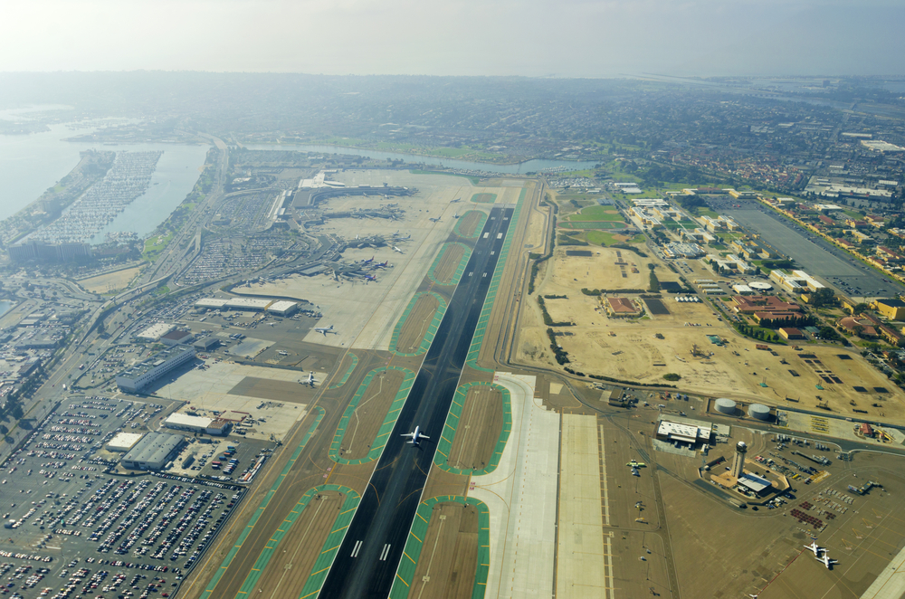 San Diego International Airport/Lindbergh Field (SAN)