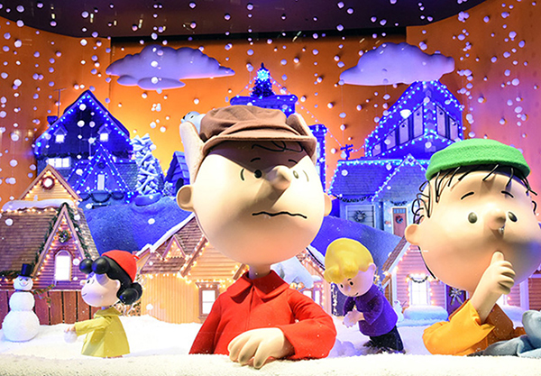Browse the beautiful holiday window displays