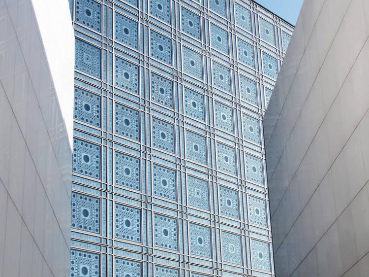 Travel through time at the Institut du Monde Arabe