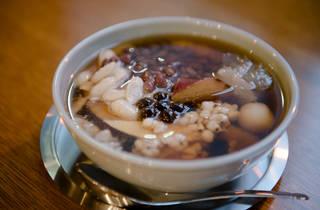 台湾通は見逃せない、本格豆花を味わえる東京豆花工房が淡路町に登場