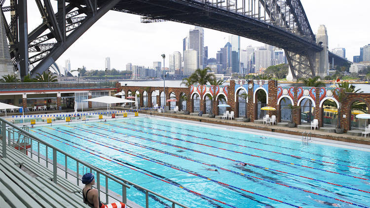A shot of the outside pool at North Sydney pool. The Sydney Harb
