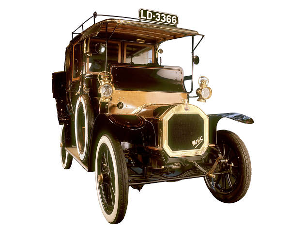 The first petrol taxis in London (1903), Museum of London
