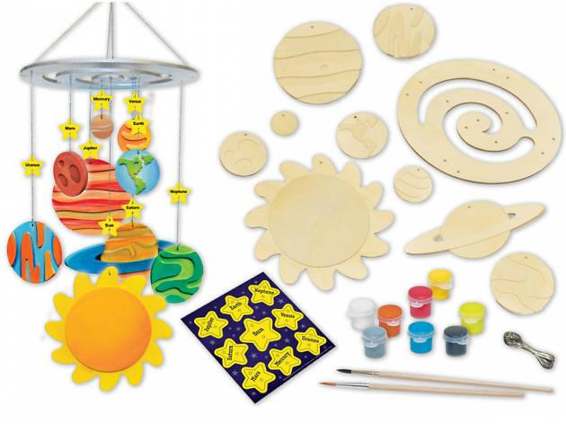 Móbil del sistema solar para armar en casa