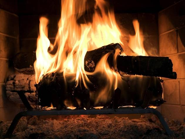 Pubs with fireplaces in Melbourne
