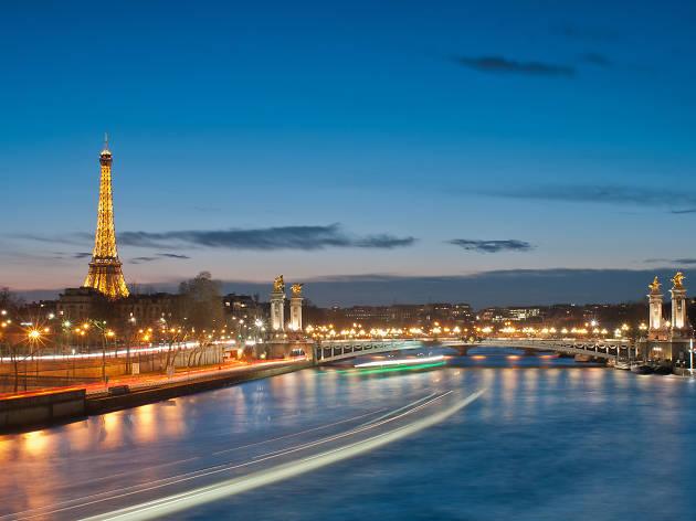 Randonnées nocturnes dans le Paris illuminé