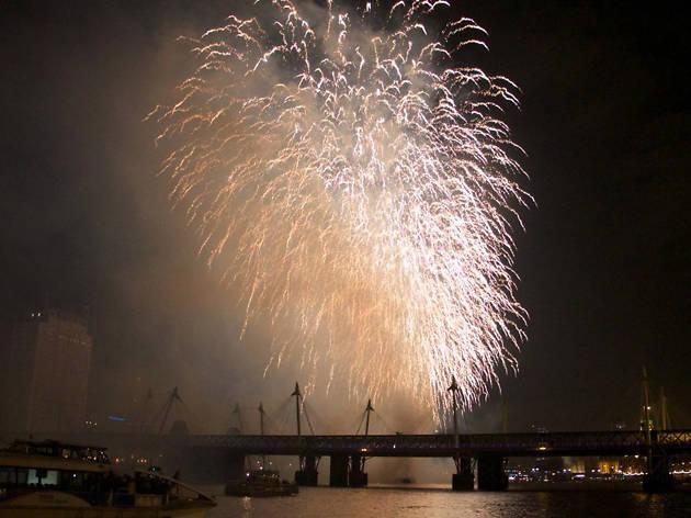 big bang boat party, nightlife, new year