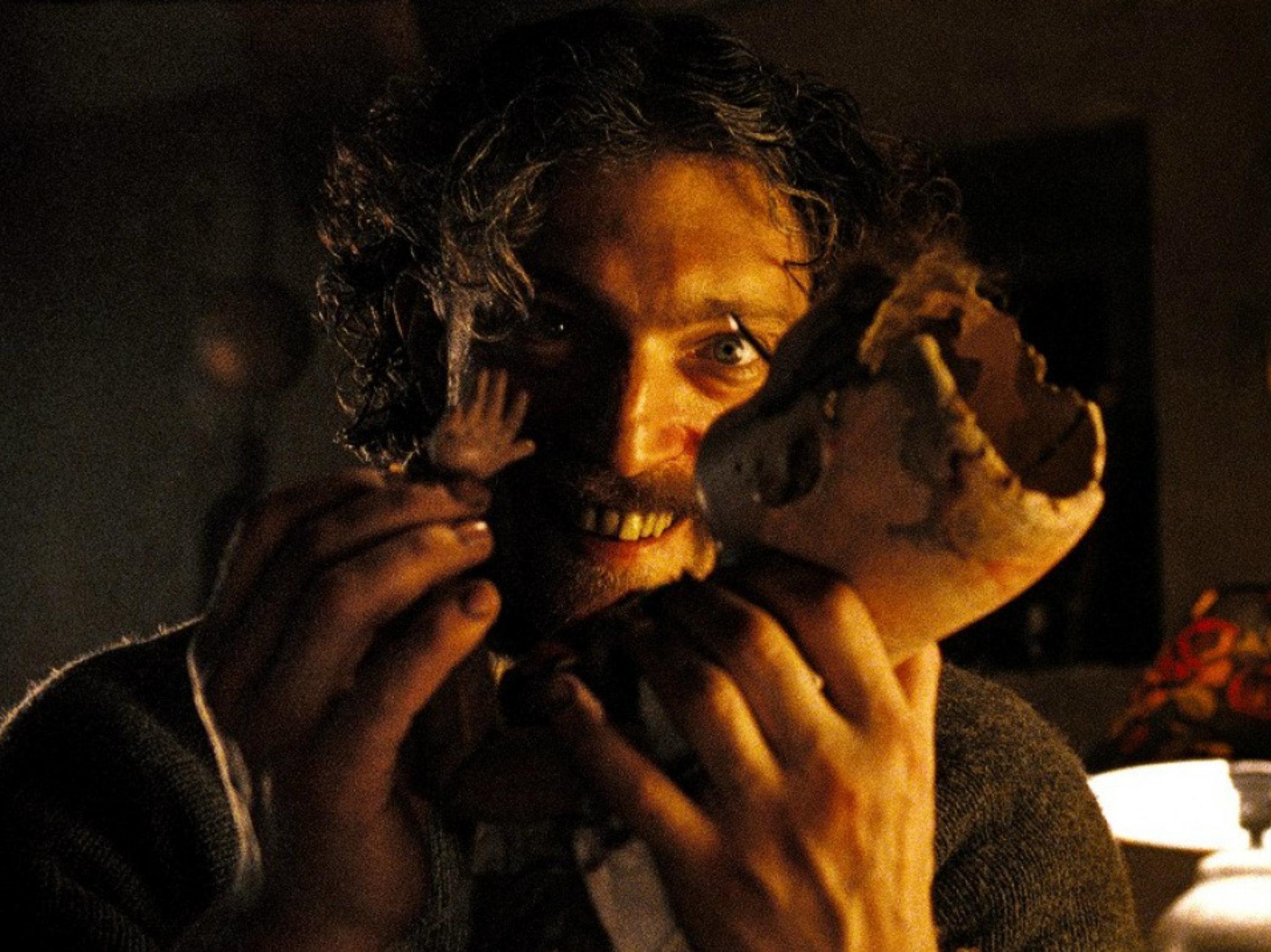 Cena con el diablo en Masacre en Xoco