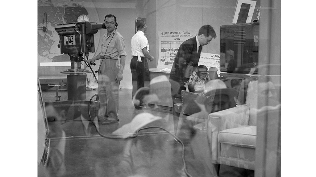 Today Show Window, Rockefeller Center, Frank Oscar Larson
